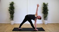Kylie-yoga-one-day-retreat